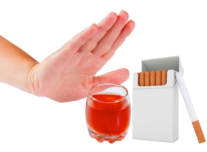 Hạn chế hút thuốc là cách làm tăng cường sinh lý nam giới