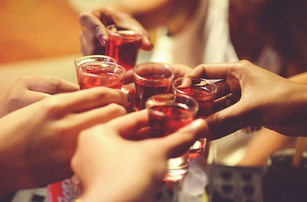 Các đồ uống chứa cồn gây vô sinh ở nam giới
