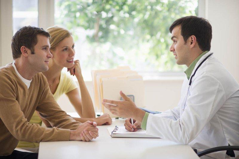 Nam giới tinh trùng yếu có ảnh hưởng đến thai nhi không