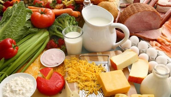 Xây dựng chế độ ăn uống hợp lý là cách điều trị mãn dục nam hiệu quả