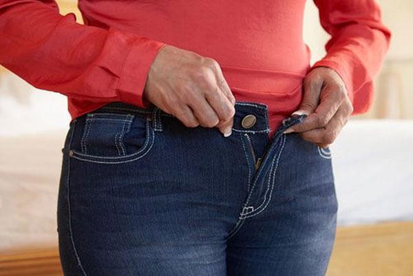 nguyên nhân gây tinh trùng loãng do thói quen xấu hoặc môi trường