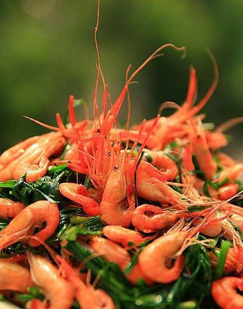 Tôm xào hẹ là một trong những món ăn bổ dương sinh tinh